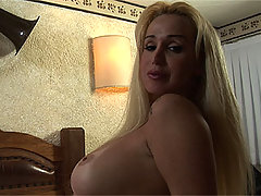 Hot curvy shemale Robertha Schnyder strips and teases cock